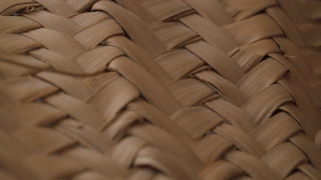 Wicker straw surface