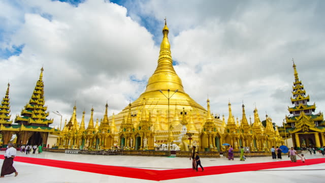 Wide Shot of Shwedagon Pagoda with Moving Cloud, Time Lapse Video