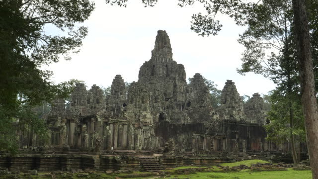 wide view of the towers and ruins of bayon temple