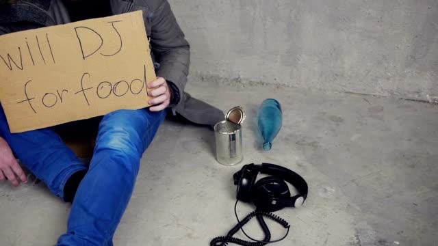 は dj のお食事 - 動物の行動点の映像素材/bロール
