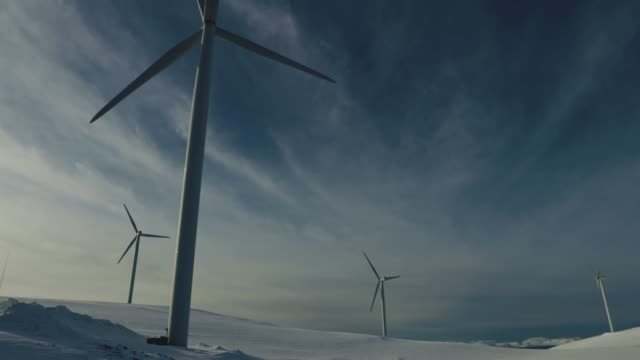 Wind power sustainable resource in the Arctic
