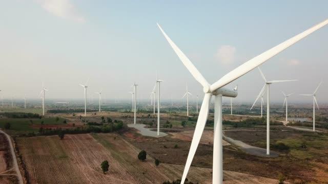 rüzgar enerjisi teknolojisi - rüzgar enerjisi stok videoları ve detay görüntü çekimi