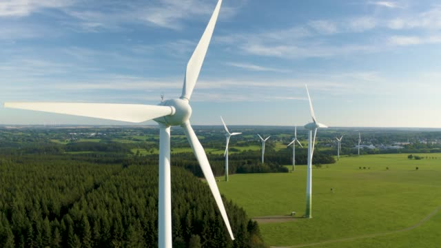 vídeos y material grabado en eventos de stock de molinos - turbina