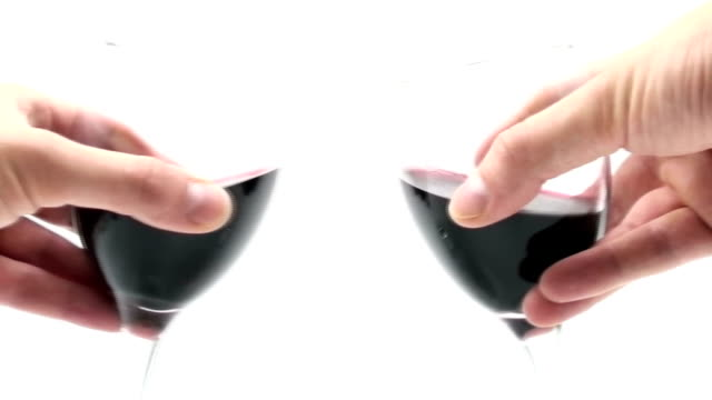 stockvideo's en b-roll-footage met wine toast - slow motion - wijnglas
