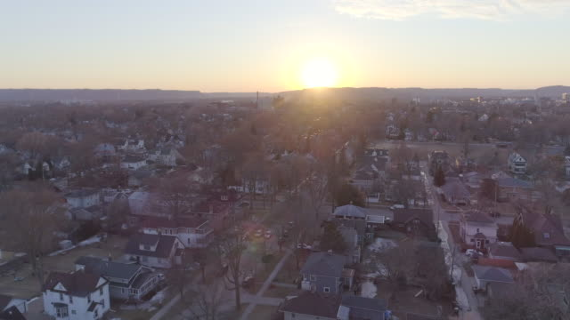 winter city - panorama stock-videos und b-roll-filmmaterial