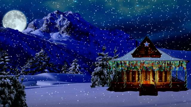 vídeos de stock e filmes b-roll de noite de inverno - isolated house, exterior