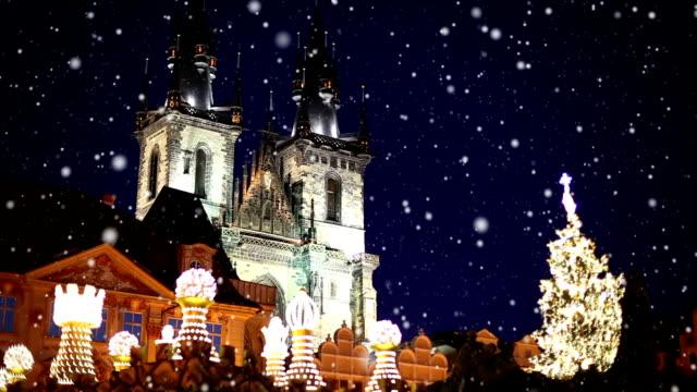 vidéos et rushes de hivers de nuit à prague - prague