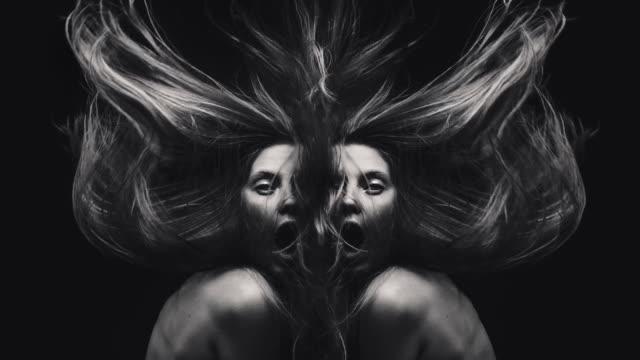 vidéos et rushes de sorcières - coiffure