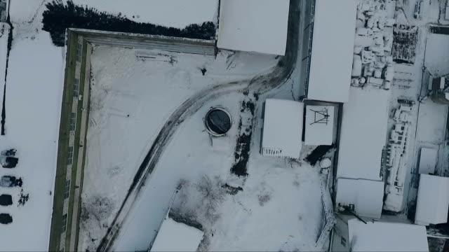 Wnter frosty day chimney video