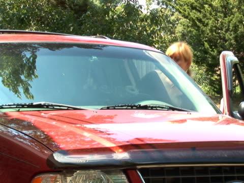 PAL: Woman driving away video