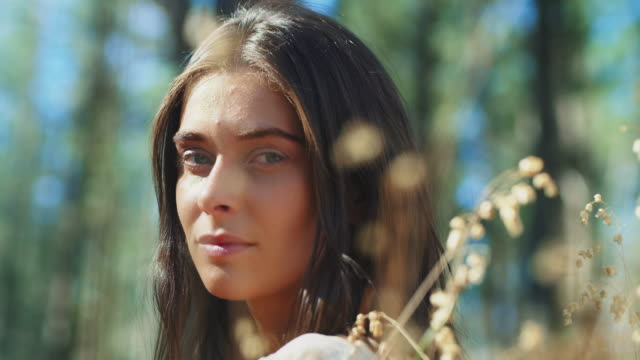woman in forest - woman portrait forest video stock e b–roll