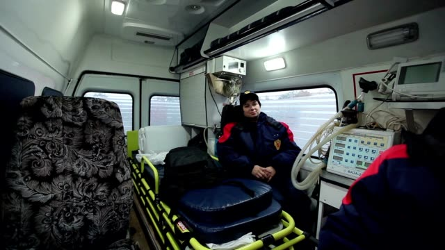 woman medic in the ambulance video
