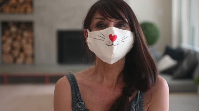 Video Woman sewing Covid-19 masks at home