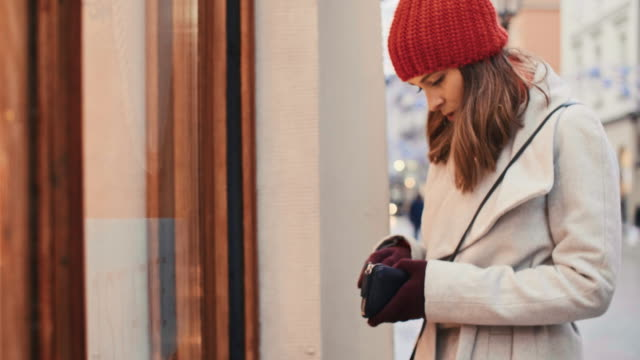 Woman spent all her money during christmas shopping