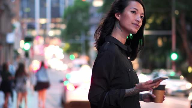 悉尼女子等計程車 - 亞太地區 個影片檔及 b 捲影像