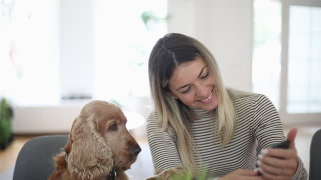 Woman with her best friend video