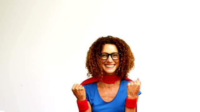 vídeos de stock e filmes b-roll de woman with superman costume - super hero