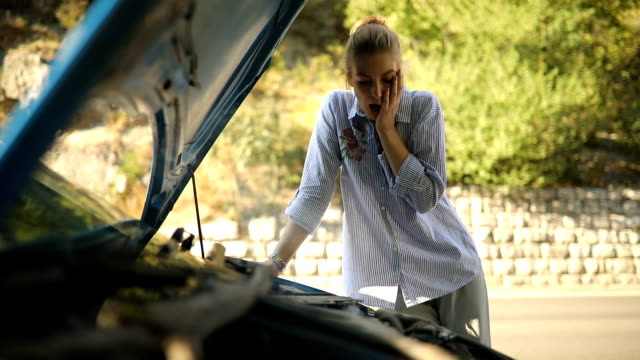 Women and car problems video