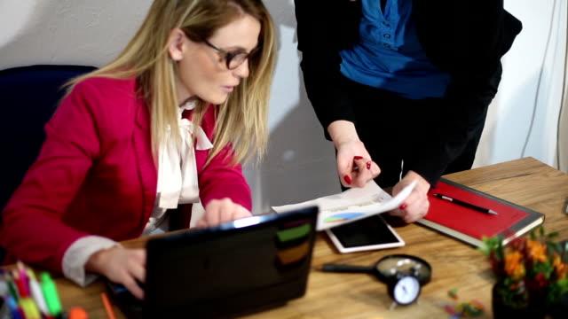 Women boss  pressures on employed video