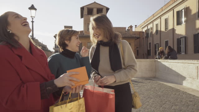 Women shopping during sales on Spanish Steps in Rome