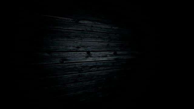 vidéos et rushes de backgroud de la texture du bois. passer la caméra à travers la surface des ancienne et ancienne. - bois texture