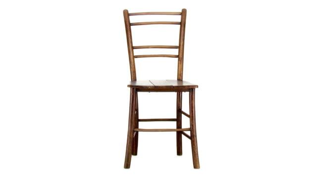 vídeos de stock e filmes b-roll de loop de hd: cadeira de madeira - chair