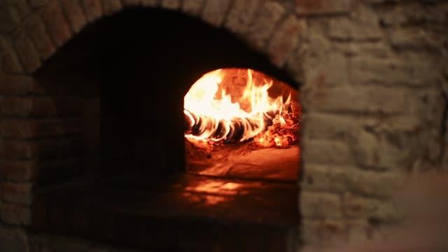 wooden oven - cultura italiana video stock e b–roll