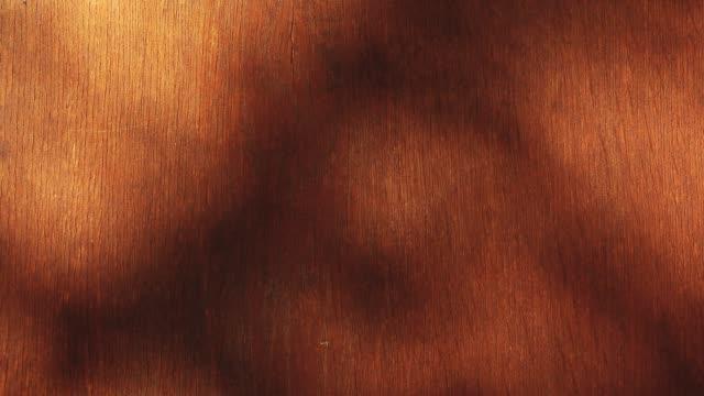 vidéos et rushes de table en bois arbre ombre hd des images - en bois