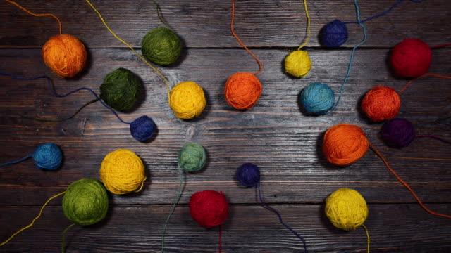 Wool balls animation video