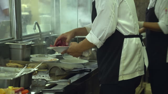 working kitchen - busy restaurant kitchen stock videos & royalty-free footage