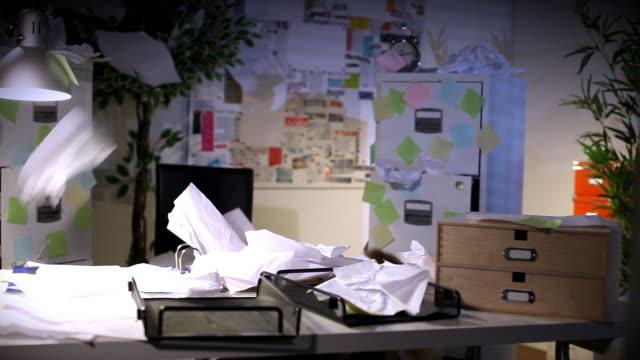работа в стрессовых условиях - грязный стоковые видео и кадры b-roll