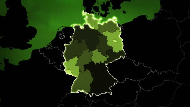 weltkarte mit deutsch: flughäfen, der straßen und der eisenbahnen. green. - europa kontinent stock-videos und b-roll-filmmaterial