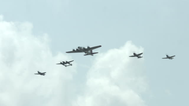 World War II American aircraft approach in formation video