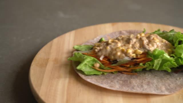 wrap salad roll with tuna corn salad video