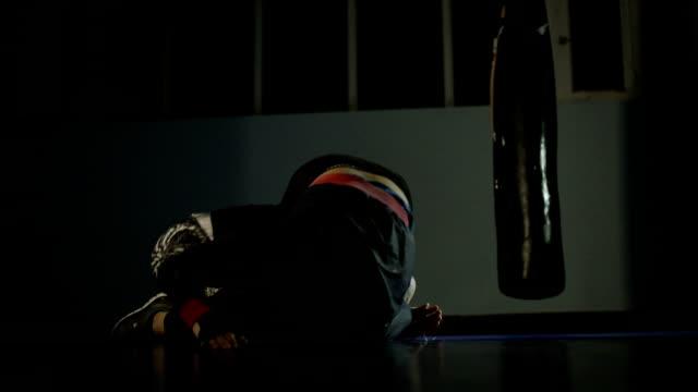 レスリング。 ビデオ