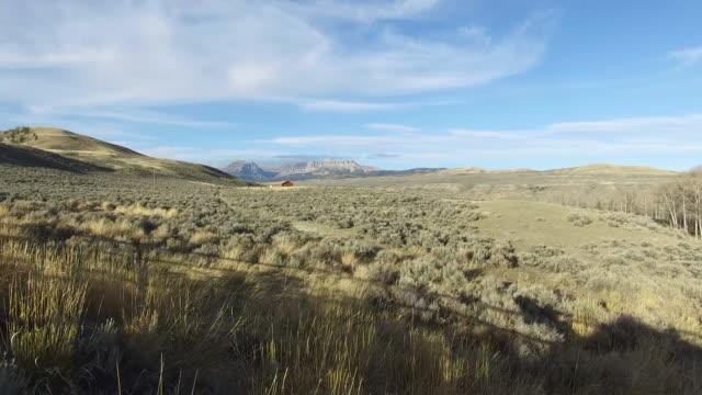ワイオミング空中 047 - 牧畜場点の映像素材/bロール