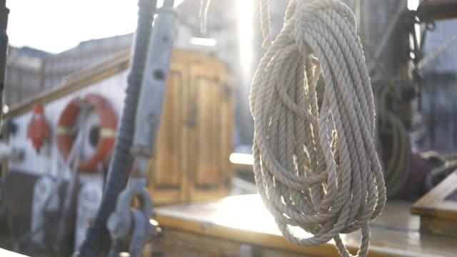 vídeos y material grabado en eventos de stock de alquiler de barcos en el puerto de helsinki - amarrado