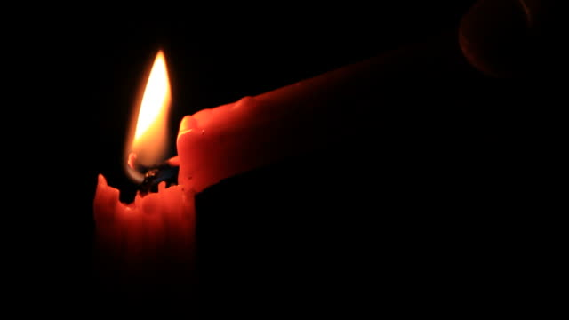 candela gialla. - full hd format video stock e b–roll