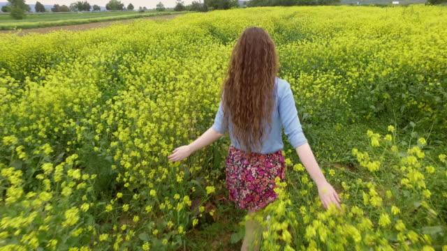 Yellow - green paradise video