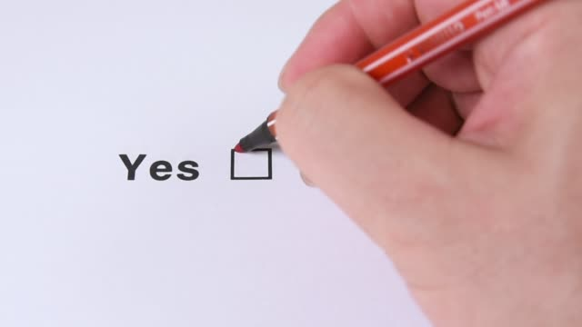 yes and no, yes choose - estatico video stock e b–roll
