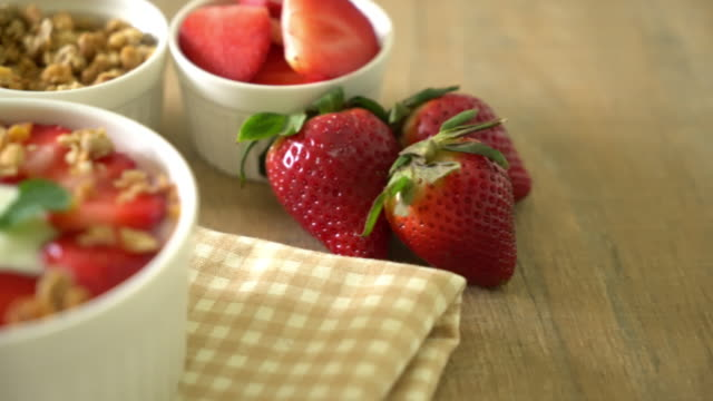 yogurt with strawberry and granola video