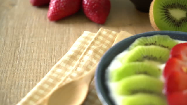 yogurt with strawberry, kiwi and granola video
