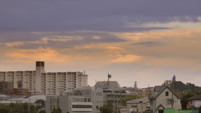 夕暮れ時横浜郊外住宅街 - 地域点の映像素材/bロール