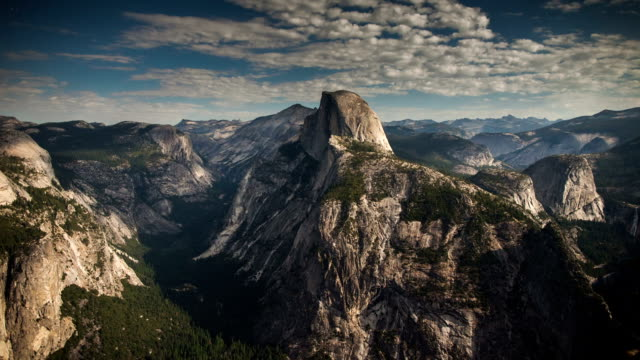 time lapse: yosemite a notte - parco nazionale video stock e b–roll