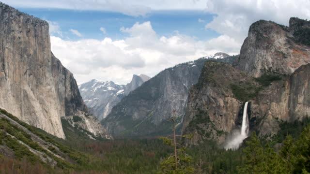 Yosemite Valley and Bridalveil Falls in Yosemite National Park