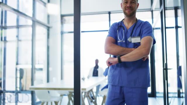 vídeos y material grabado en eventos de stock de usted no encontrará la mejor atención médica en otra parte - cirujano