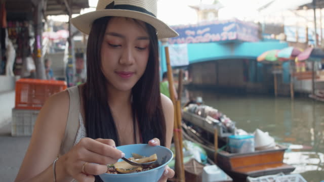 Young Asian tourist woman  travel