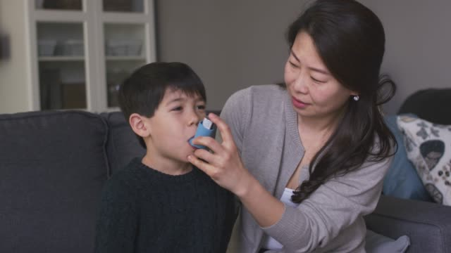 A young boy with asthma video