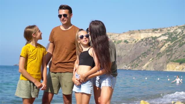 young family on vacation have a lot of fun - wschodnio europejski filmów i materiałów b-roll