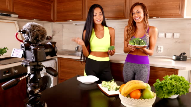 Young friends vlogger recording a healthy eating video for theirs vlog - 4K Video video